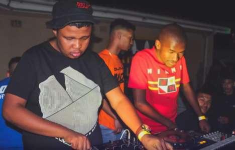 uBiza Wethu & Mr Thela Asinavalo mp3 download free datafilehost full music audio song fakaza hiphopza 2019 gqom
