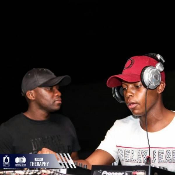 ThackzinDJ & Tshidiso Sebono Moyeng mp3 download
