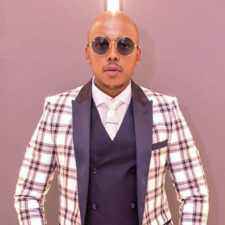 Mobi Dixon - Heat Me Up ft. Nichume & Medium Points mp3 download