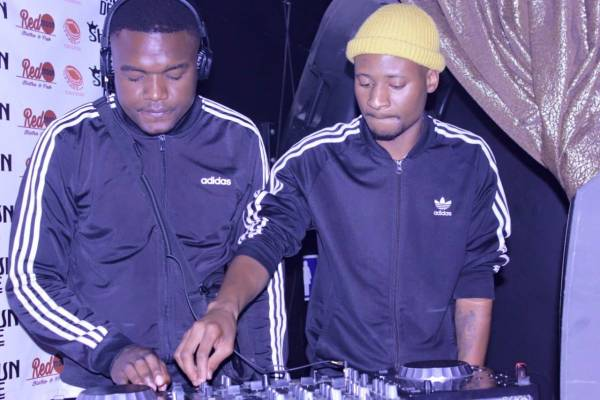 Afro Brotherz – Live Long Ft. Nthabiseng mp3 download
